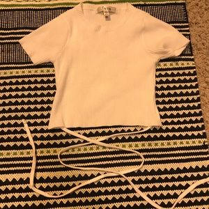 Tops - White crop top with tie up